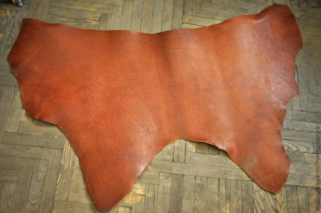 71d1b3b6eb7e ... толстая кожа, выработанная жировым дублением из шкур крупного рогатого  скота, взятых со спины животного. Данный вид продукции как правило идет на  кожи ...