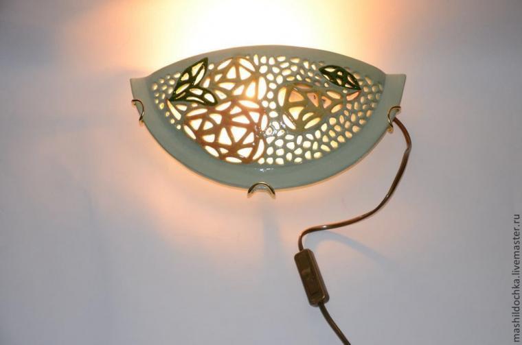 светильники, люстра, интерьер загородного дома