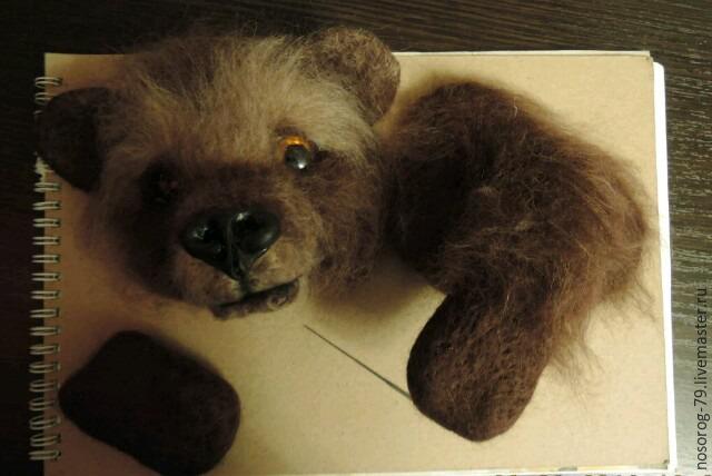 «Пробирается медведь сквозь лесной валежник...». Создаем из шерсти панно «Пробуждение», фото № 14