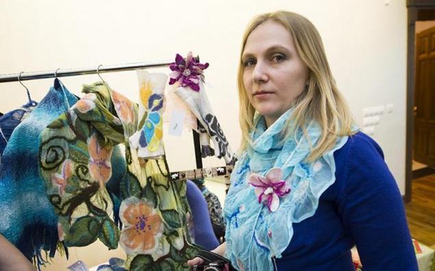 выставка-ярмарка, шарфы на шелке, хабаровск