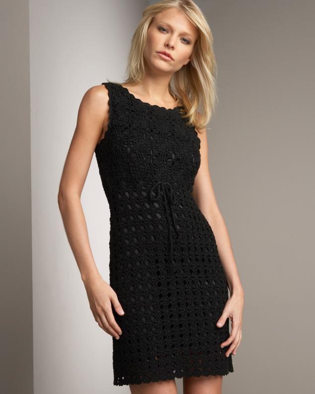 Платья маленькое черное крючком