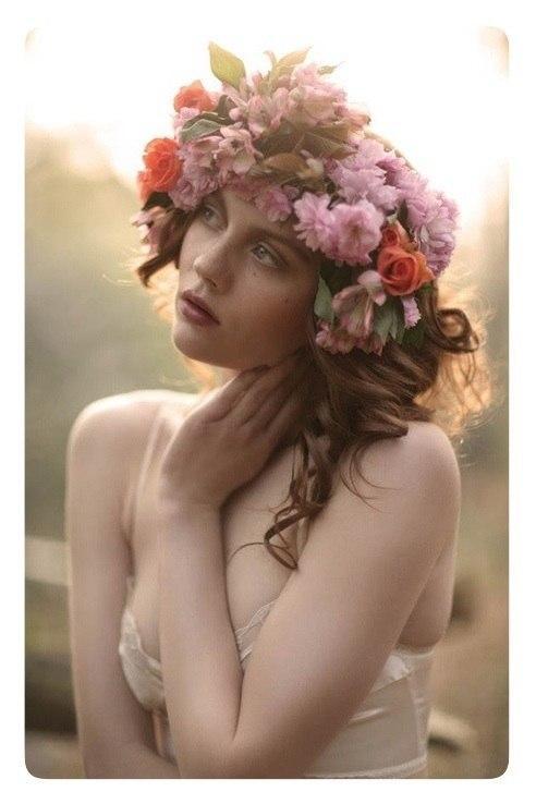 цветы в прическу, свадебные украшения