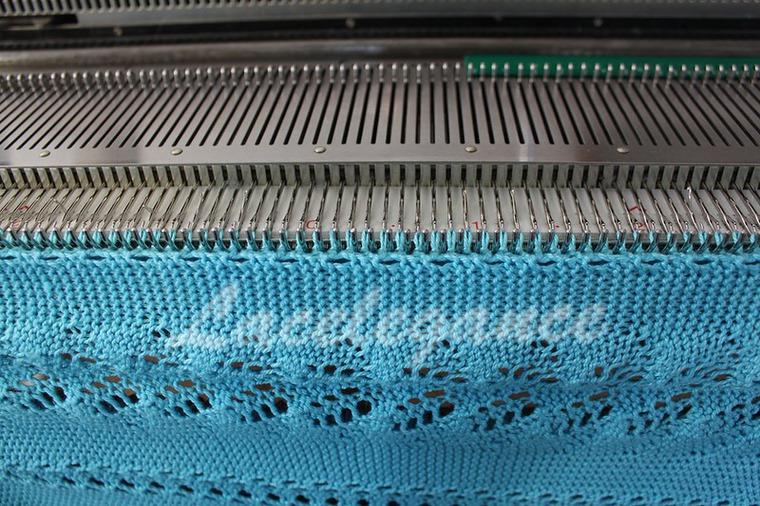 сериала еще фото как работать на вязальной машине мозаика