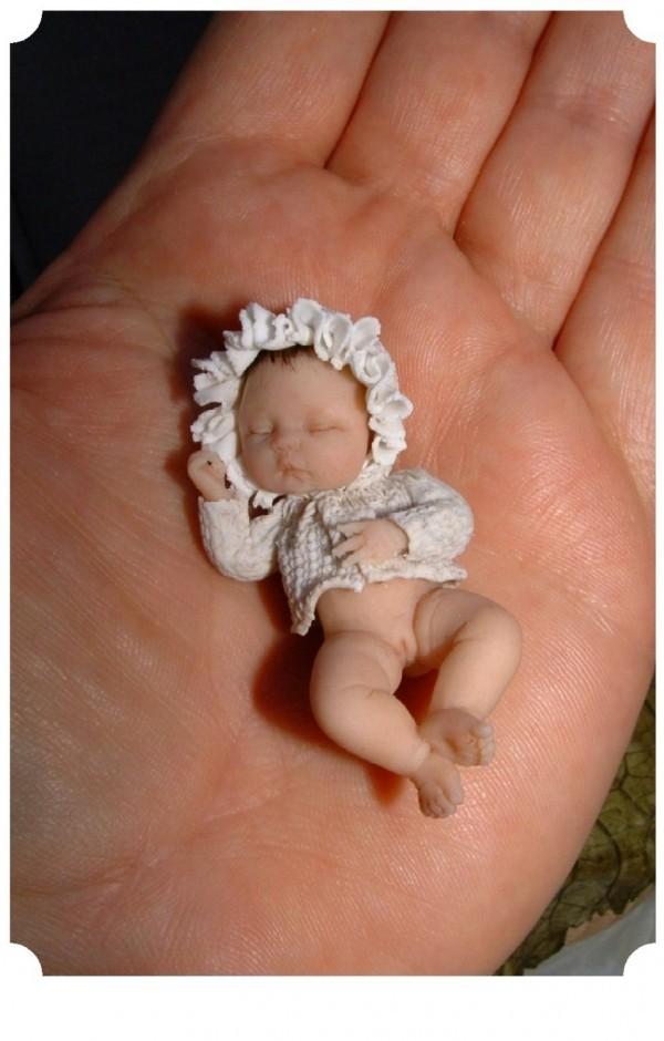 Как сделать ребёнка из полимерной глины