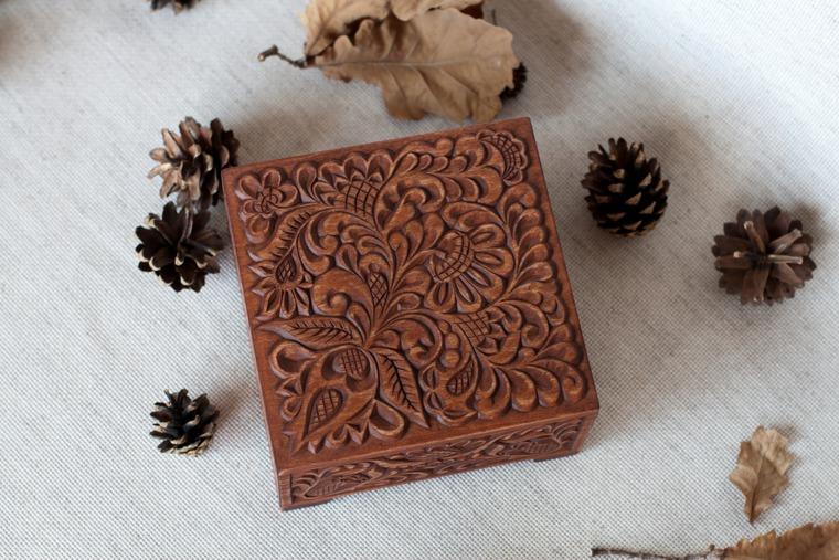 деревянная шкатулка, для дома