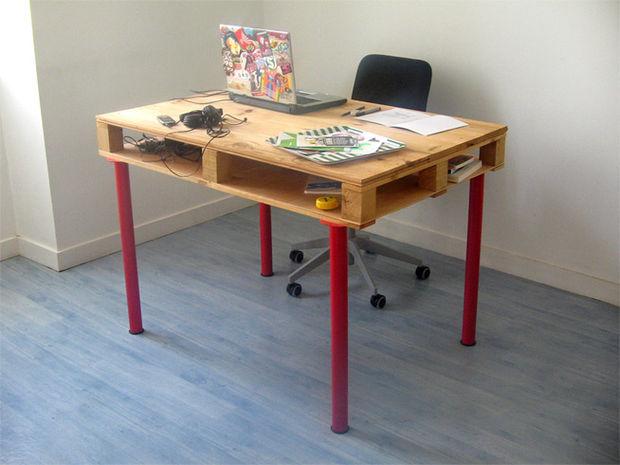 Изображение поддонов стол