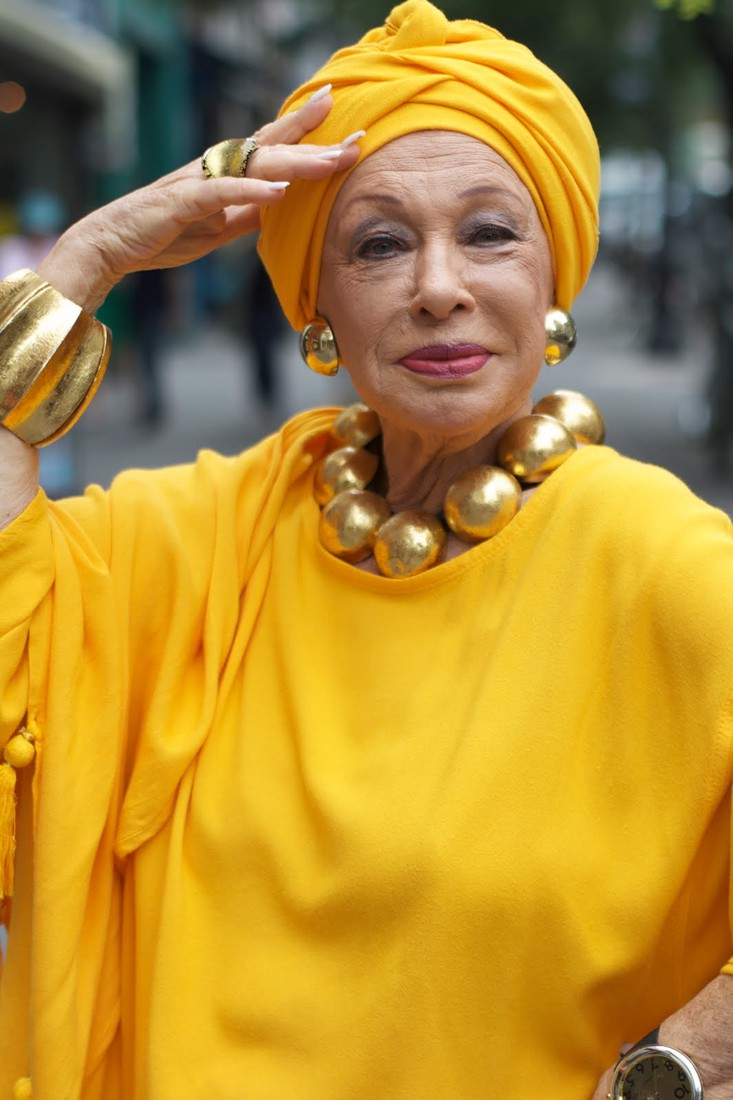 Смотреть массаж пожилых женщин 30 фотография