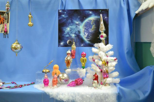выставка елочных игрушек