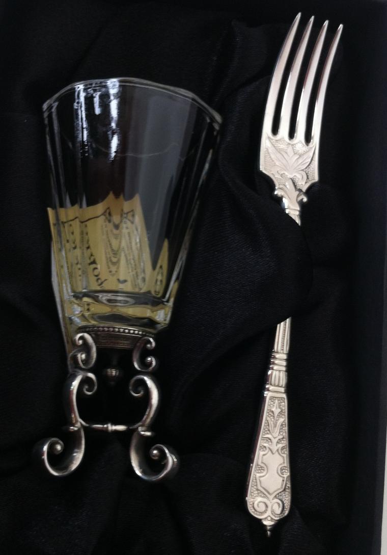 серебряная кофейная ложка