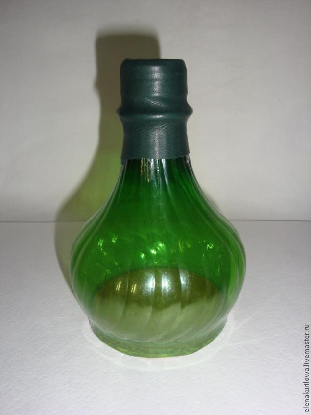 ваза из натуральной кожи