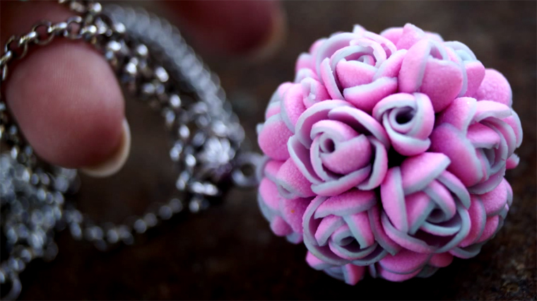 cernit, polymer clay, мастер-класс, видео урок, лепка из пластики, лепка из глины, цернит, цветочный шар, подвеска с цветами, лепка цветов, видеоролик, цветы из глины, подвеска из пластика