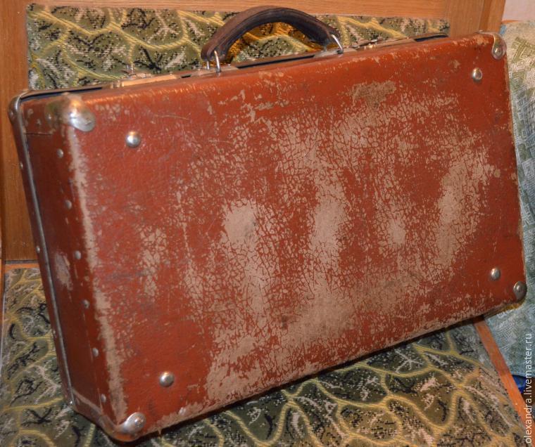 Старый чемоданчик превращается... в оригинальную полку, фото № 1