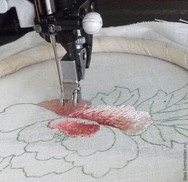 Вышивка сделанная вышивальной машиной