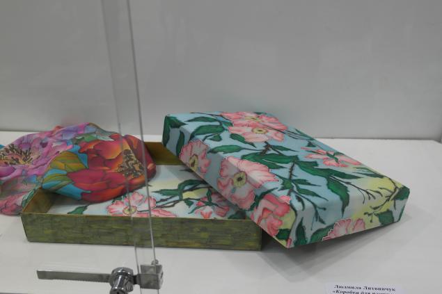 выставка, картины