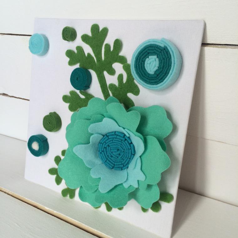 открытка с цветами из фетра прихожей