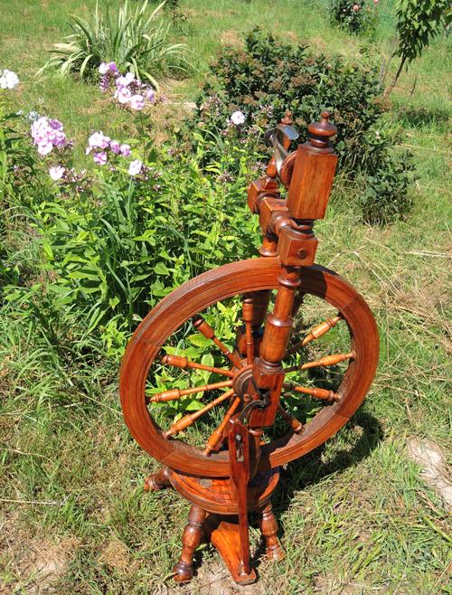 прялка с колесам