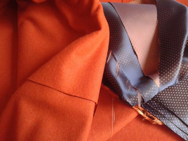 оранжевое сукно
