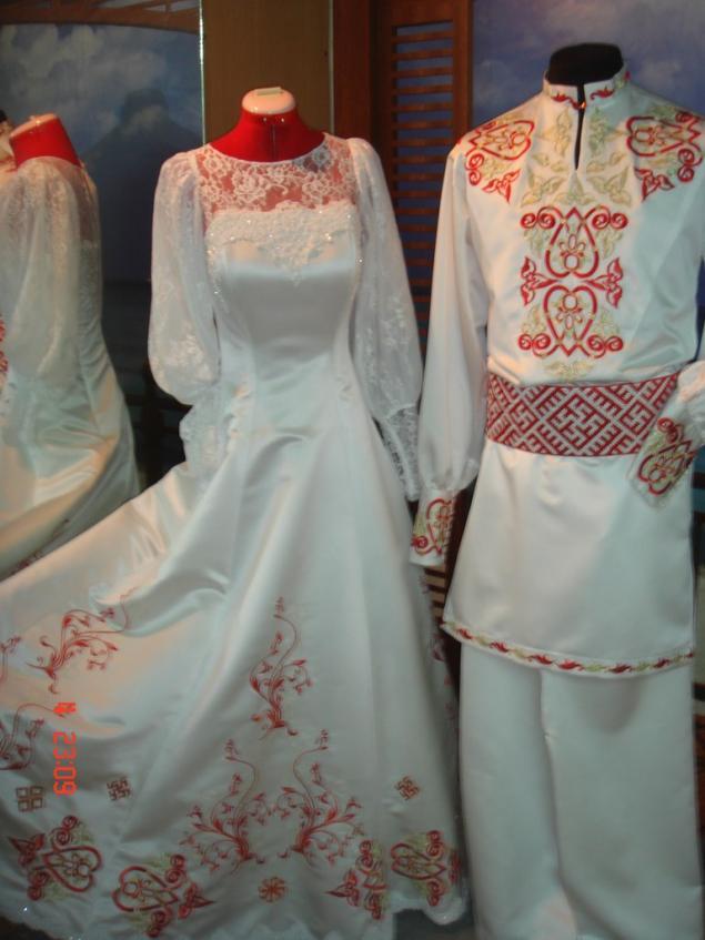 Славянские свадебные одежда