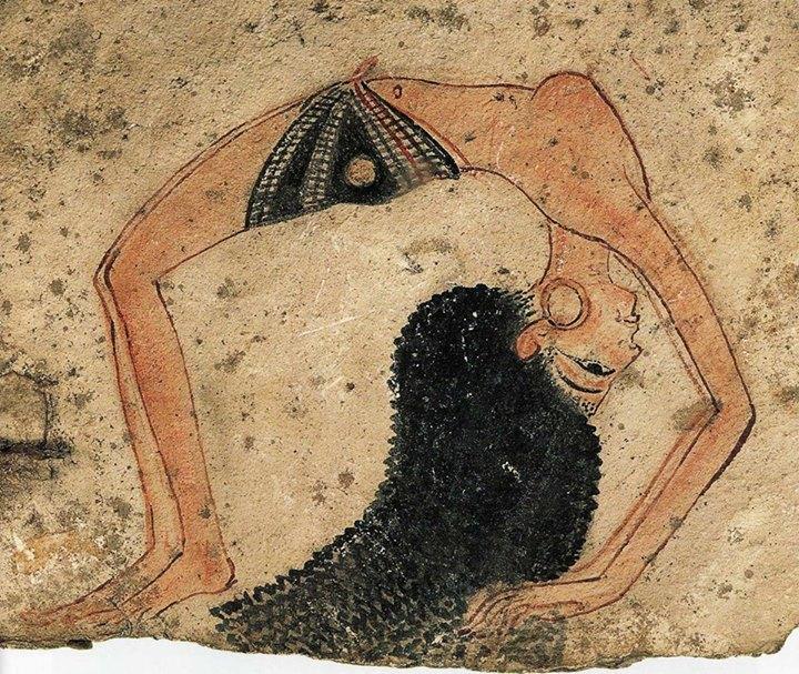 бусы на талии, африканские традиции, женственность, сакральные украшения, waistbeads, adelila waist beads, чувственные украшения, трайбл, украшения для танца, бусы из камня