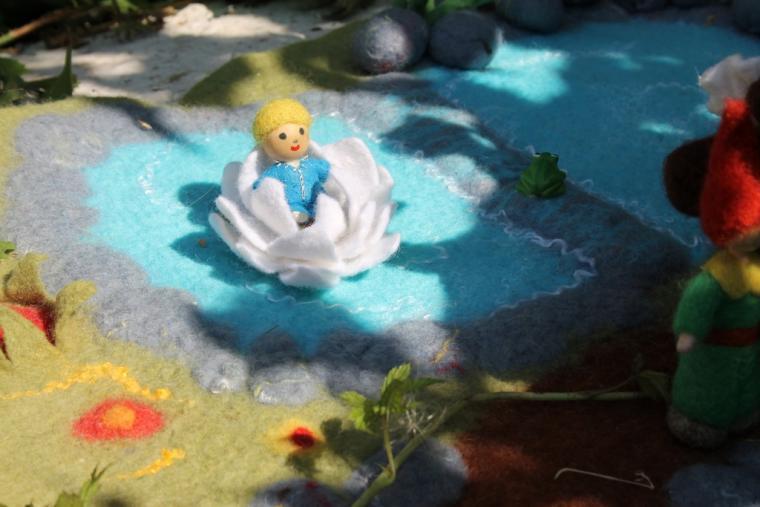 волшебная полянка, игрушка из войлока