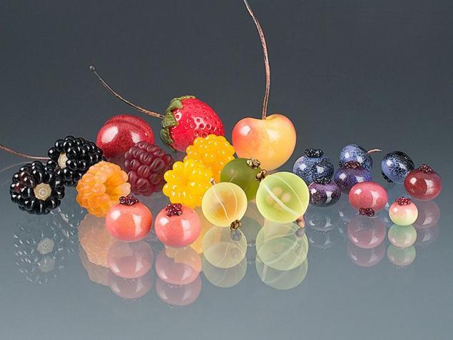 Картинки по запросу elizabeth ягоды из стекла