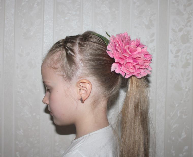 войлочный цветок, войлочная брошь