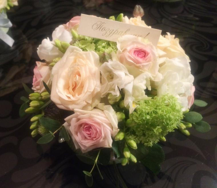 мастер класс юлии кумпан, свежие цветы, букет из живых цветов