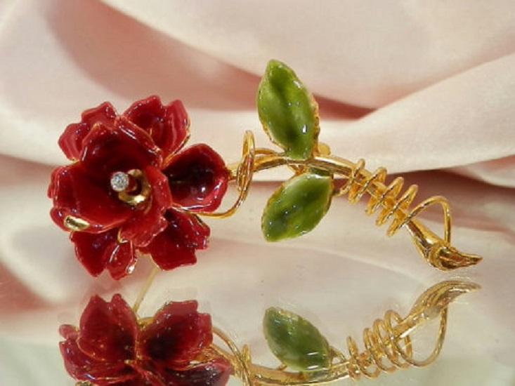 конфетка розыгрыш, винтажные украшения, украшение в подарок, алая роза