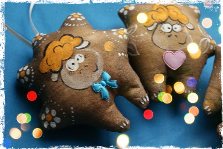 розыгрыш призов, розыгрыш конфетки, розыгрыш подарков, акция магазина, чердачная кукла, кофейная игрушка, овечка, новый год