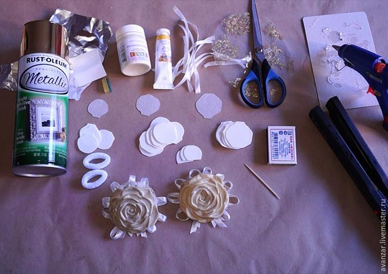 Создаем заколки с кружевом и золотыми розами из фоамирана, фото № 1