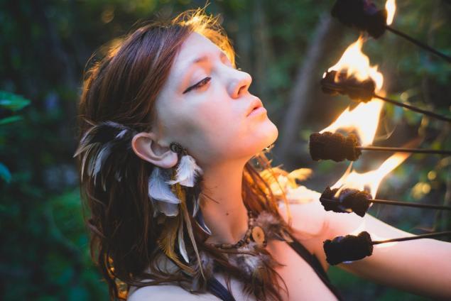 огненная птица, украшения с перьями, колье с перьями