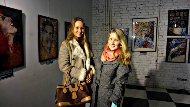 выставка картин-коллажей