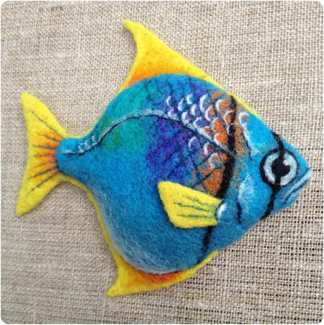 мастер-класс по валянию, сухое валяние, рыба, голубой