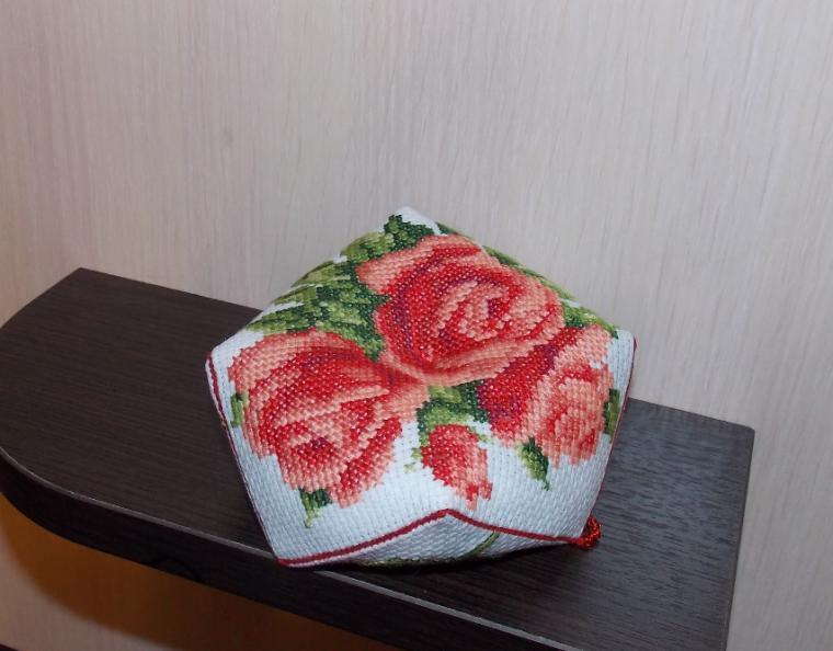 мимоза, 8 марта, цветочная вышивка