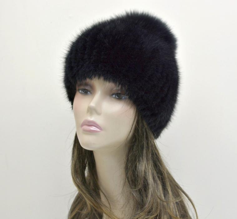 шапка на трикотаже