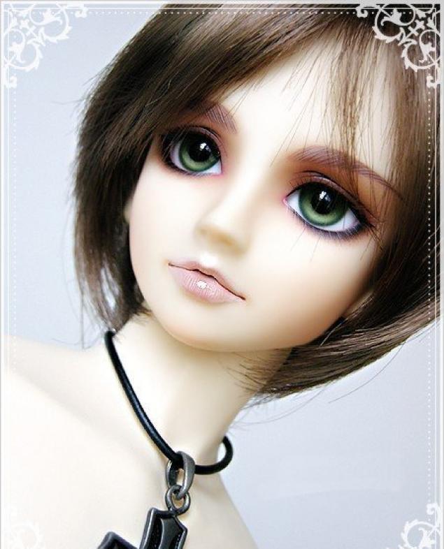 Смотреть Красивые готические куклы видео