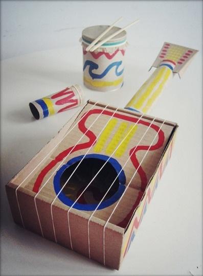 Как сделать инструмент из картона