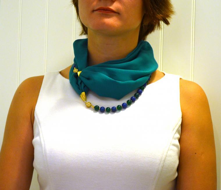 Шейное украшение с шарфом 54