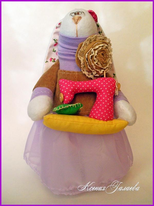 подарок рукодельнице, зайцы тильда, зайцы из флиса