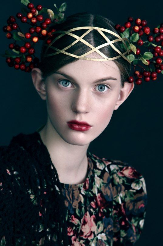 Russian style, Anna Bakhareva`s styling love the berry head crown and dark floral fabric,maybe russian folk style but i'm sure frida would have approved