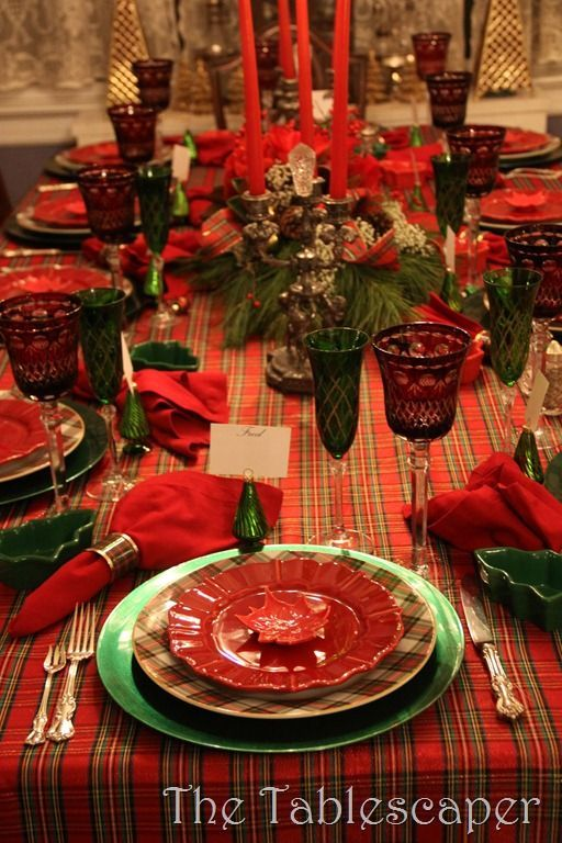 The Tablescaper: Christmas Eve Tablescape