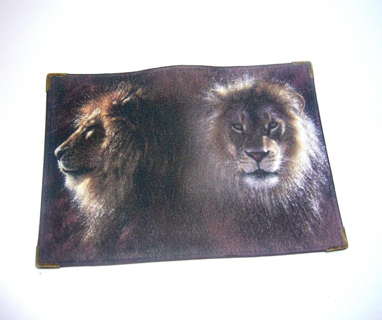 фото работ, обложка на паспорт, обложка со львом