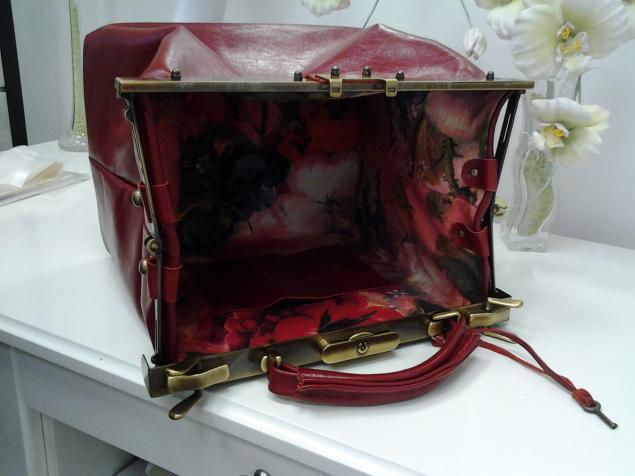 подарок, золото, кожаная сумка, авторская сумка