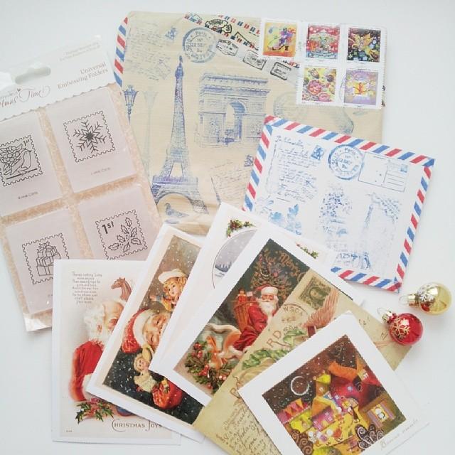 Традиция отправлять открытки по почте