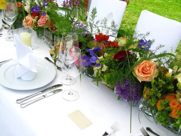 Оформление свадебных столов на природе своими руками