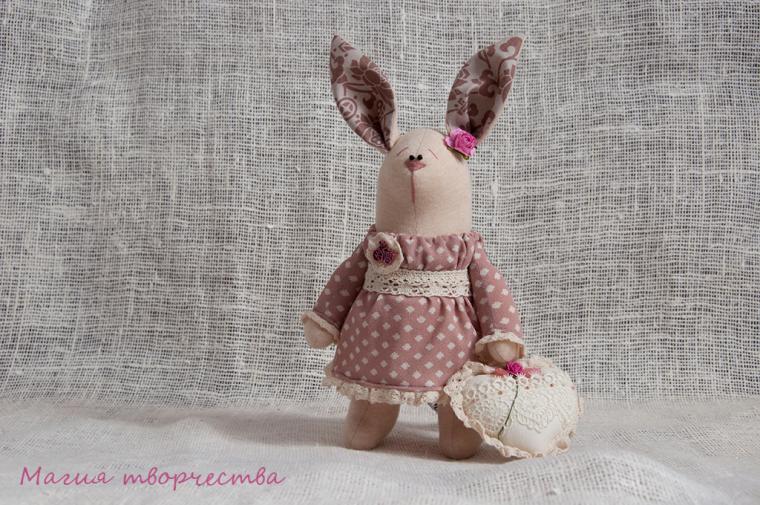 зачик, зайка ручной работы, подарок, 8 марта 2015, интерьерная игрушка, текстильная игрушка