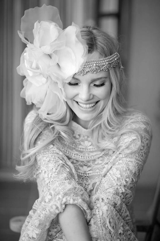 Необыкновенные свадебные платья.Цветы в моде от дизайнеров., фото № 8