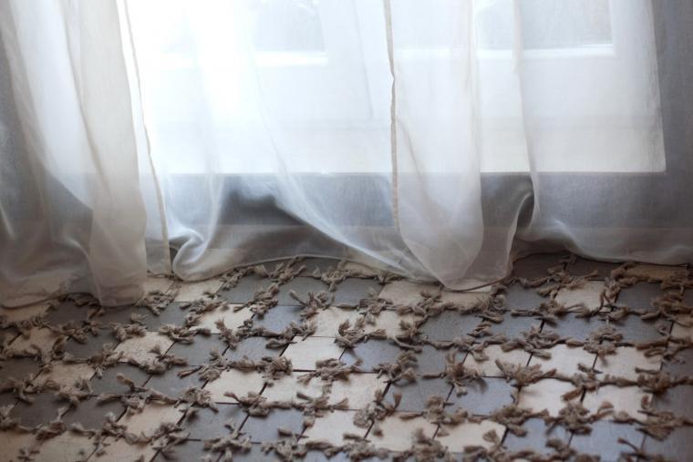 Как сделать коврик на балкон из остатков ламината и джута - .