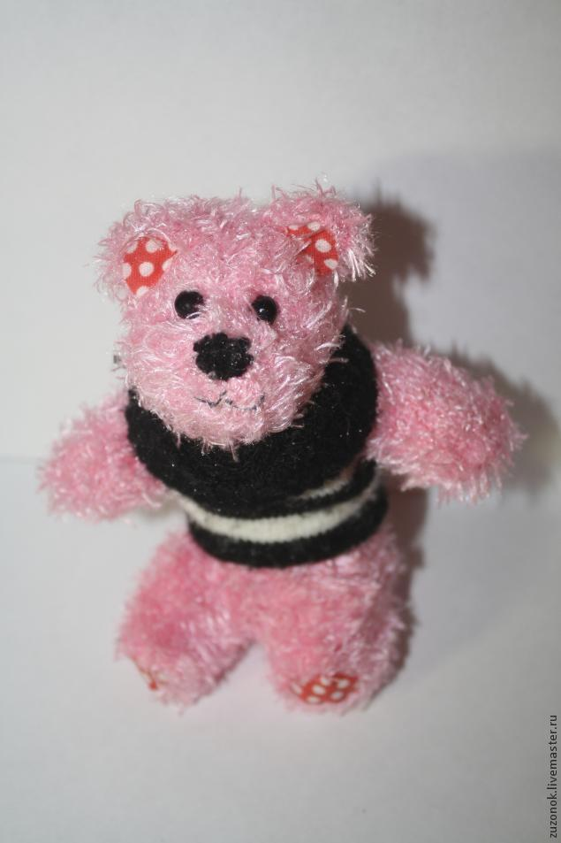 медведь из перчатки, месте с ребенком