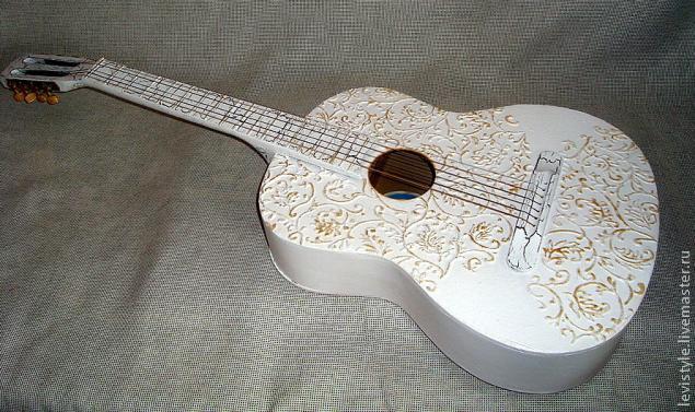 Декор на гитару фото